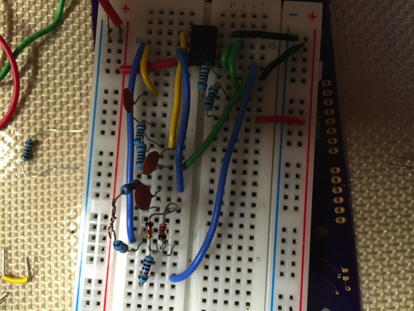 breadboard with Wien Bridge